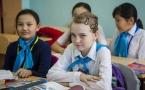 МОН РК: Казахстанцы стали чаще отдавать своих детей в казахские школы